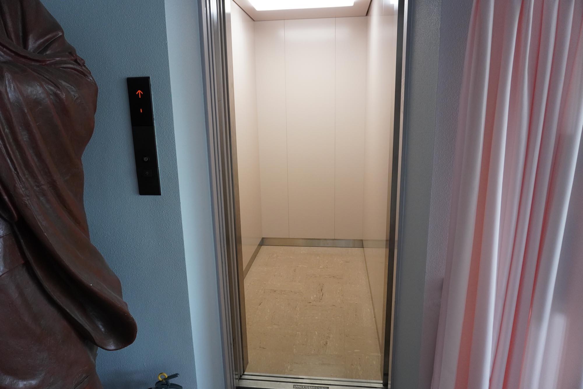 エレベーター(大客殿)